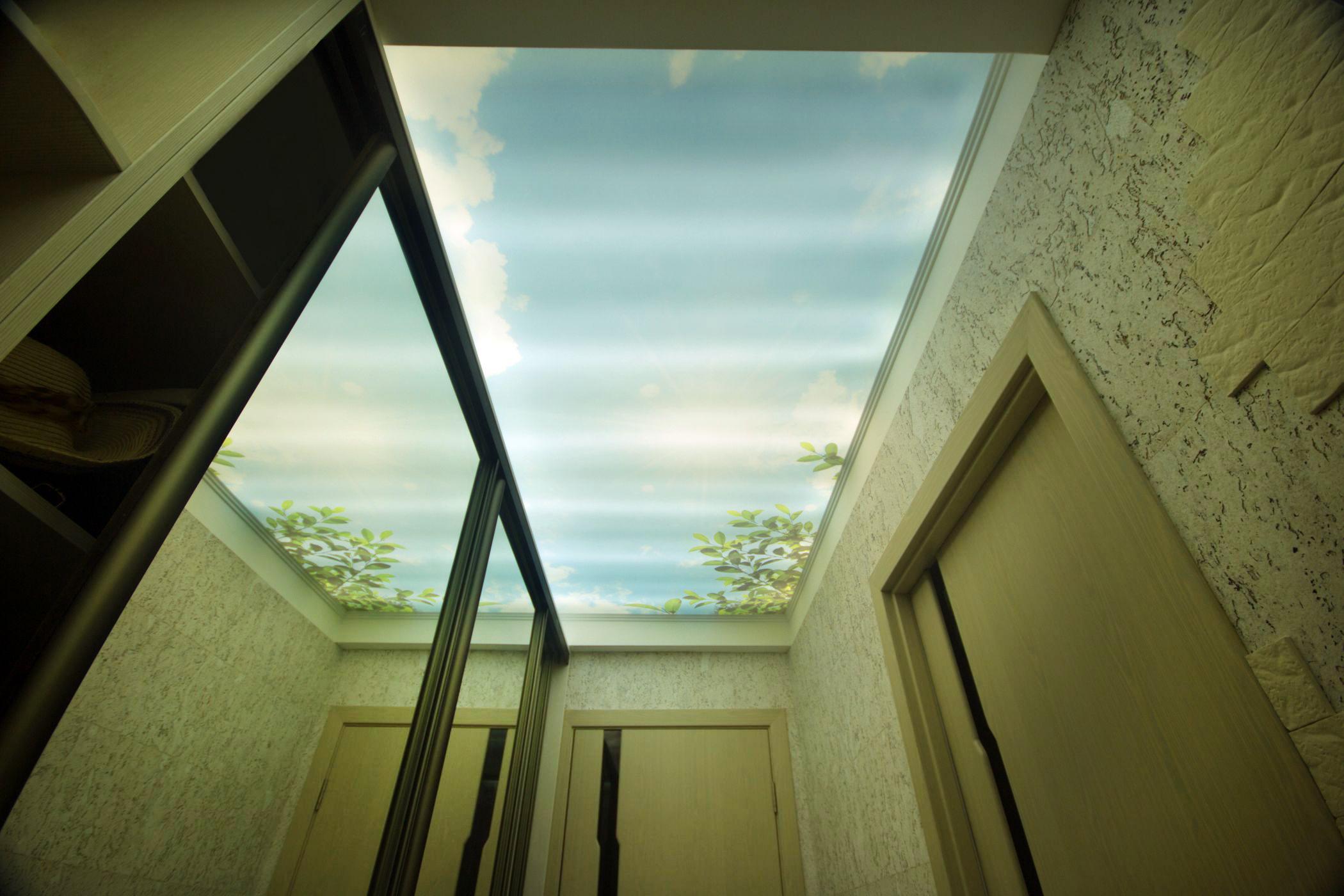 Фотопечать «небо» с подсветкой для коридора