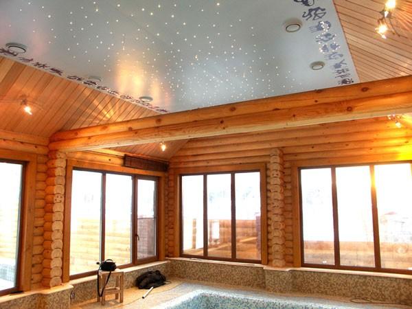 Натяжной потолок Звездное небо - идеальное решение для загородного бассейна, с ним вы сможете полностью окунуться в атмосферу покоя и настоящего загородного отдыха