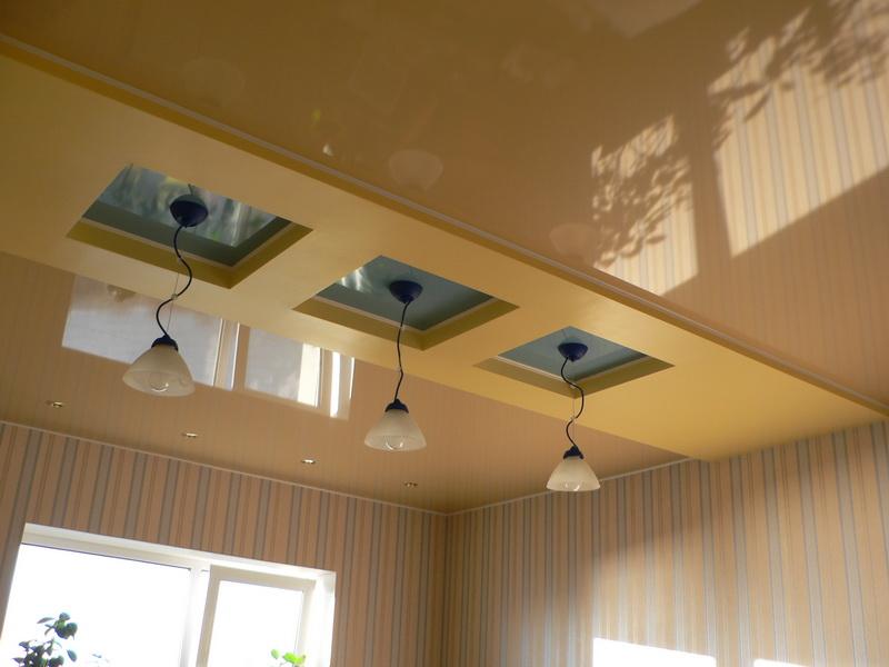Геометрическая двухуровневая конструкция-будет стильным элементов в интерьере вашей кухни