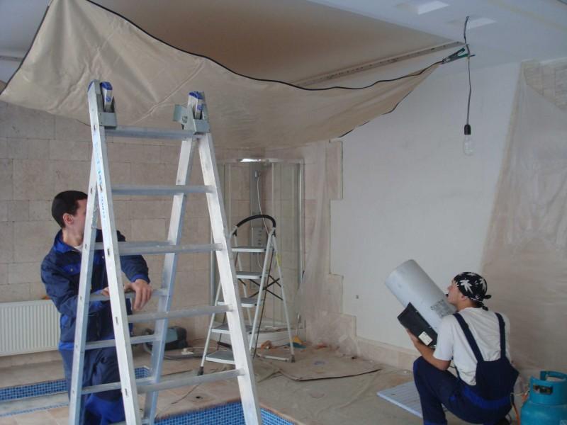 Нагрев полотен в двухуровневой конструкции натяжного потолка