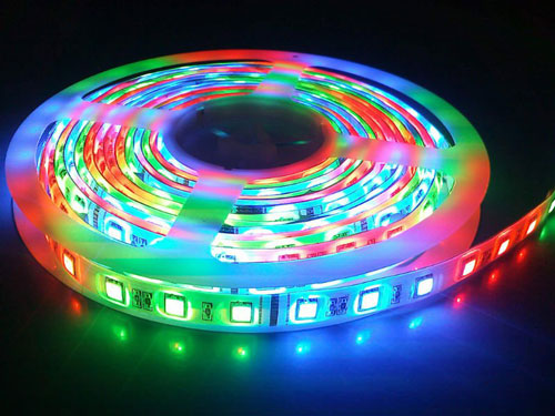 Цветная(RGB) светодиодная лента для парящего профиля