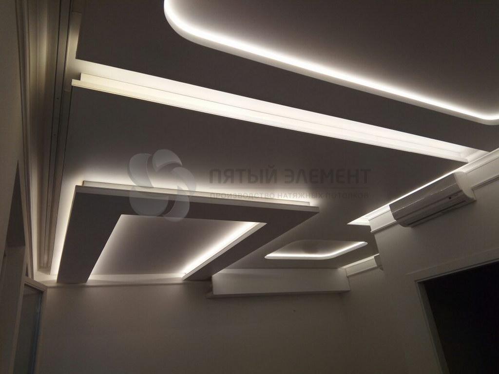 натяжной потолок с подсветкой 01