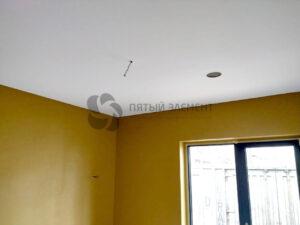 белый тканевый натяжной потолок в детской