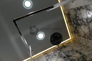 белый матовый контурный потолок в ванной