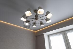 Парящий потолок с подсветкой на кухне